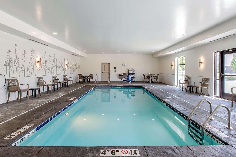 Pool - Sleep Inn & Suites Ankeny