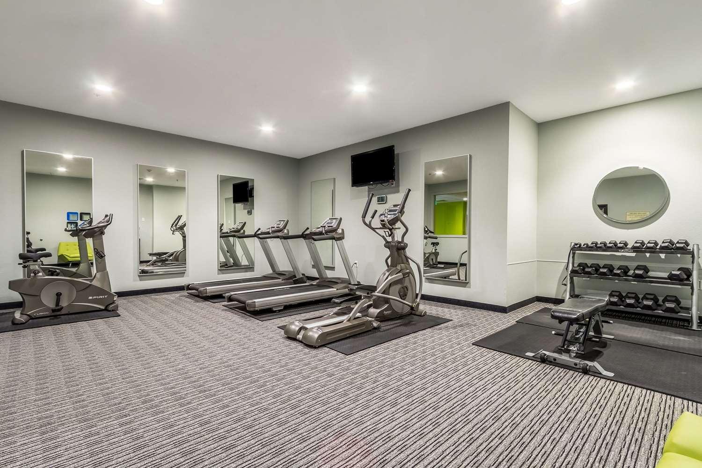 Fitness/ Exercise Room - Wallhouse Hotel Walnut Creek