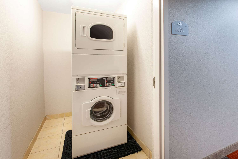 proam - Microtel Inn & Suites by Wyndham West Pittsburgh
