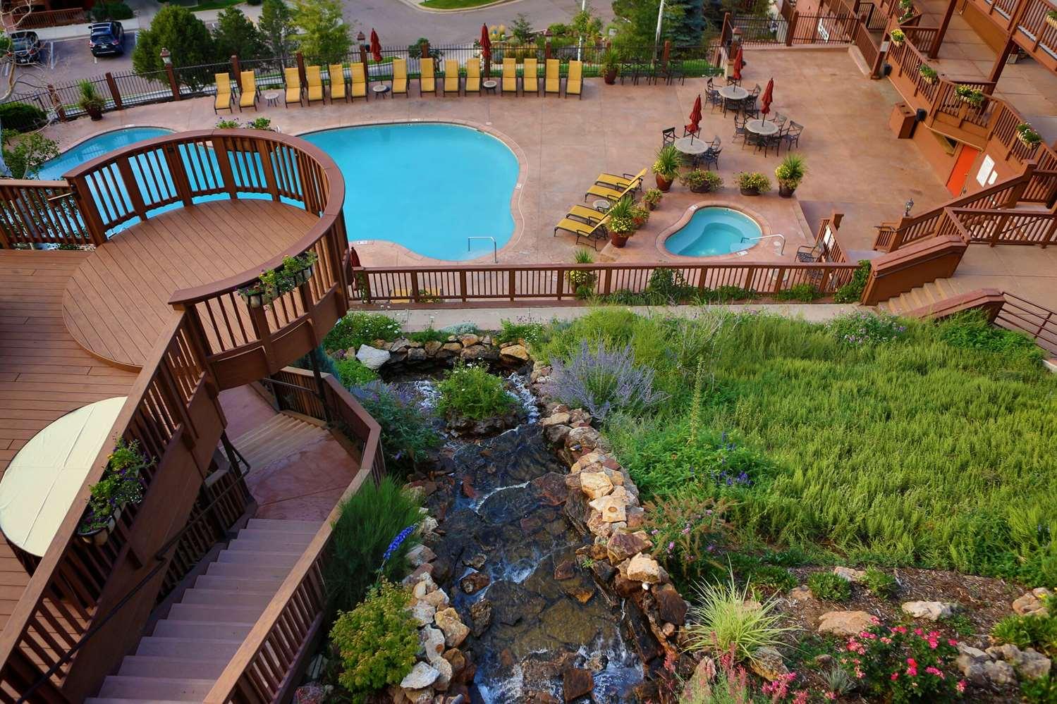Pool - Cheyenne Mountain Resort Colorado Springs