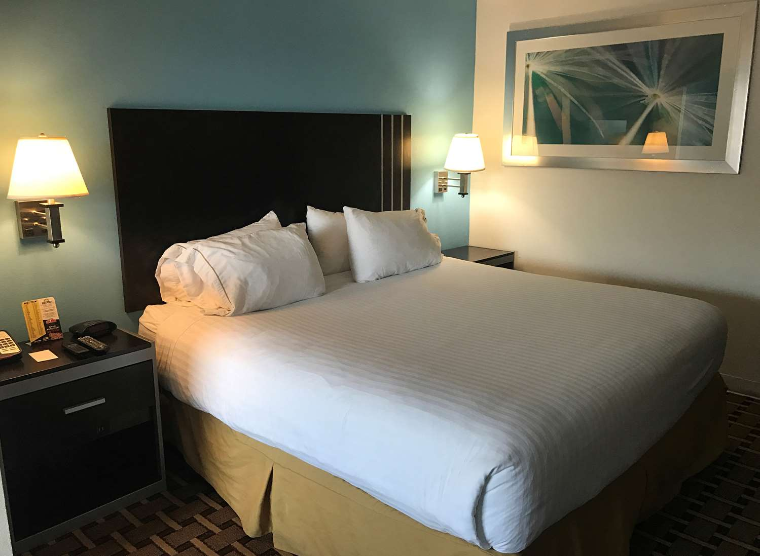 Suite - Americas Best Value Inn Sumter