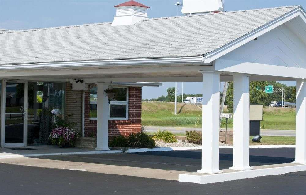 Days Inn And Suites Wauseon