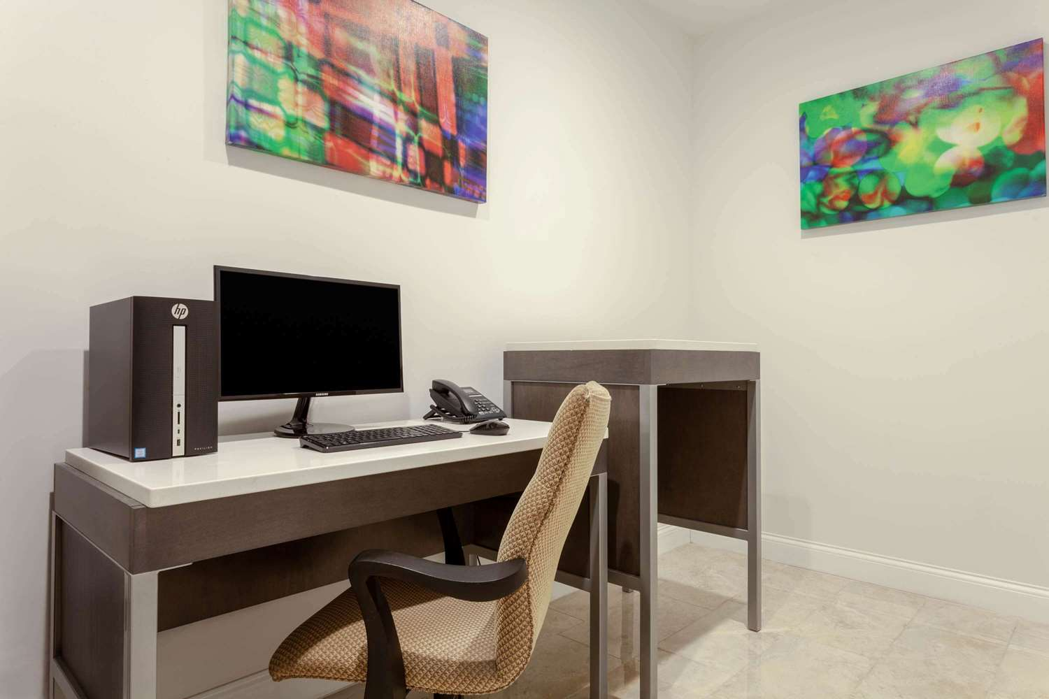 Conference Area - Hawthorn Suites by Wyndham Kissimmee