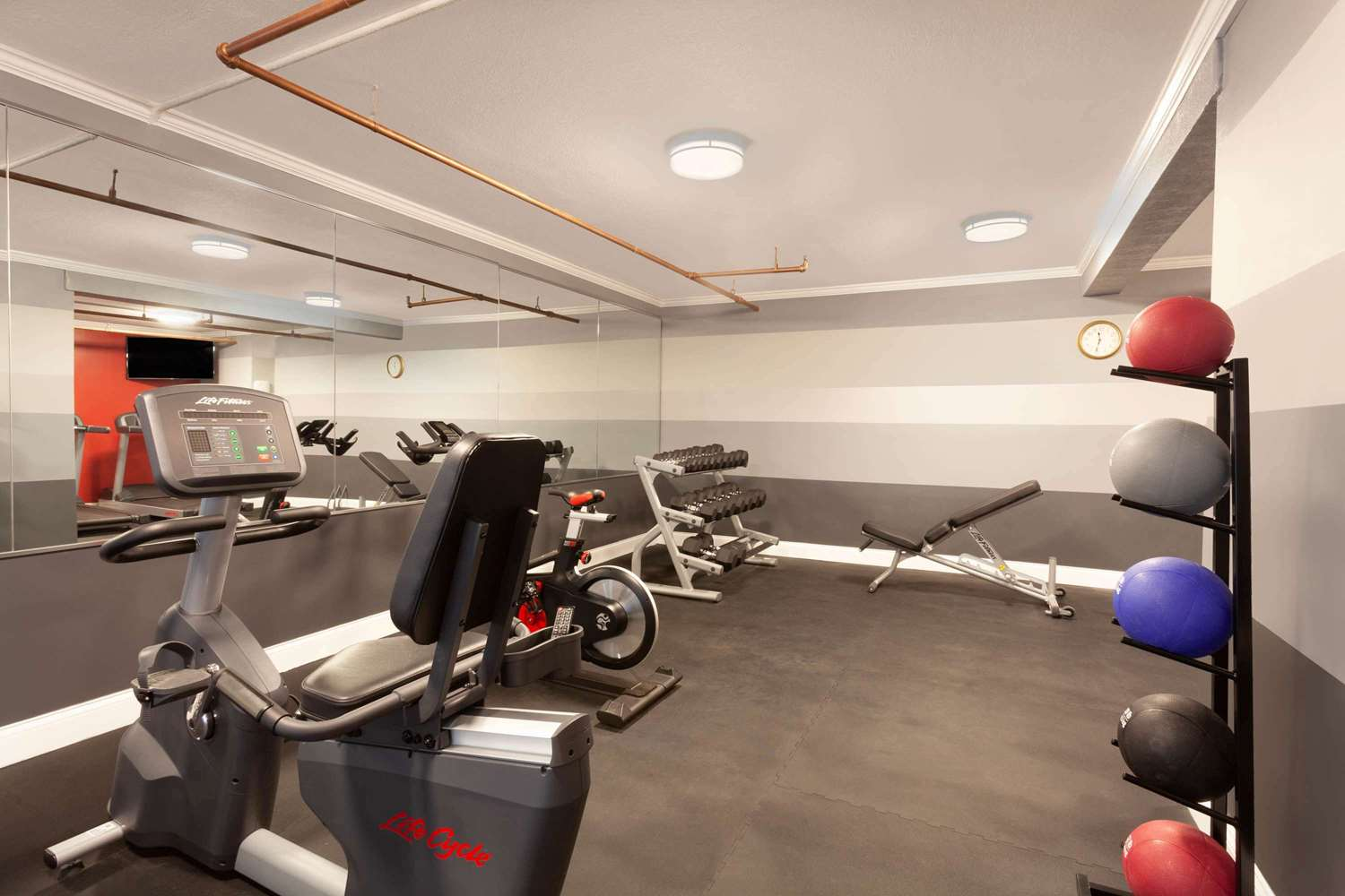 Fitness/ Exercise Room - Hawthorn Suites by Wyndham Kissimmee