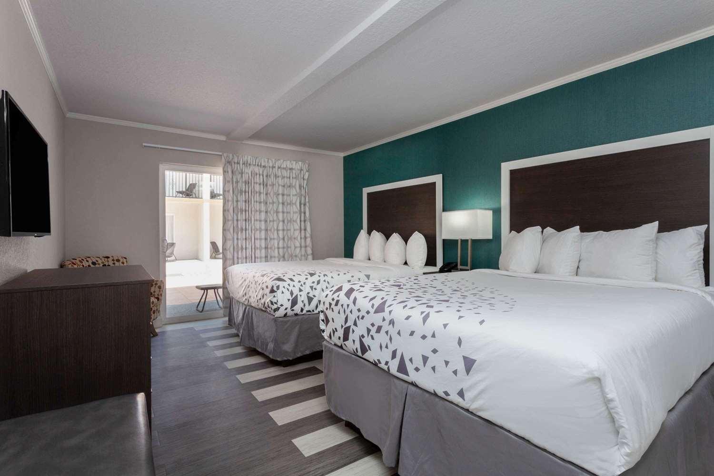 Room - Hawthorn Suites by Wyndham Kissimmee