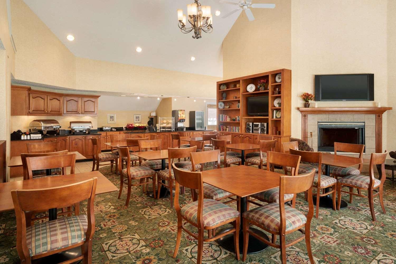 Restaurant - Hawthorn Suites by Wyndham Tinton Falls