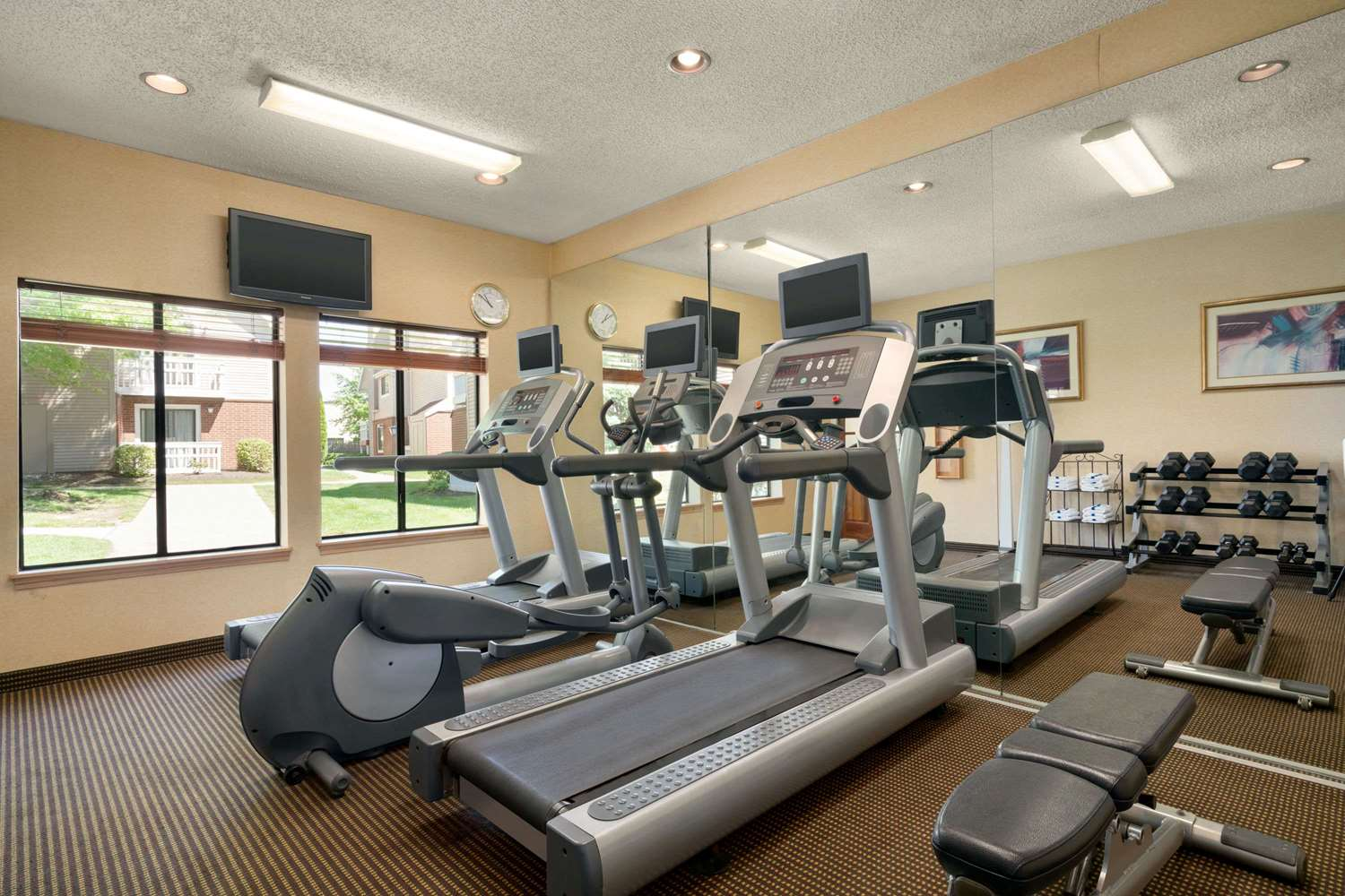 Fitness/ Exercise Room - Hawthorn Suites by Wyndham Tinton Falls