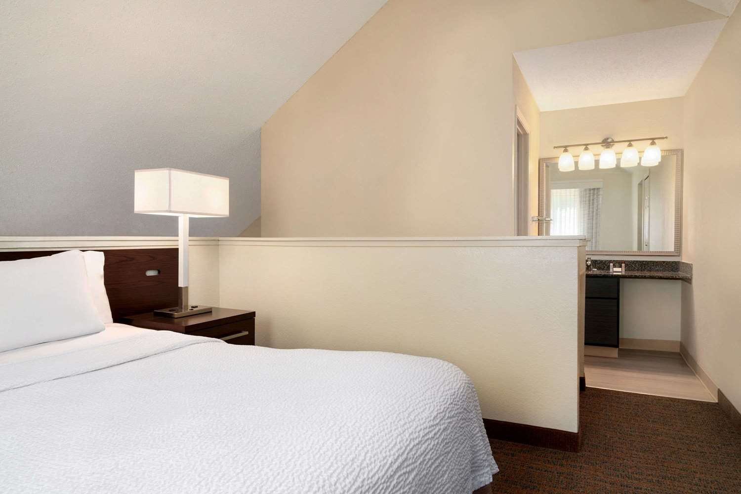Suite - Hawthorn Suites by Wyndham Tinton Falls