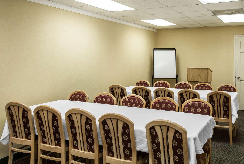 Meeting Facilities - Super 8 Hotel Cherokee