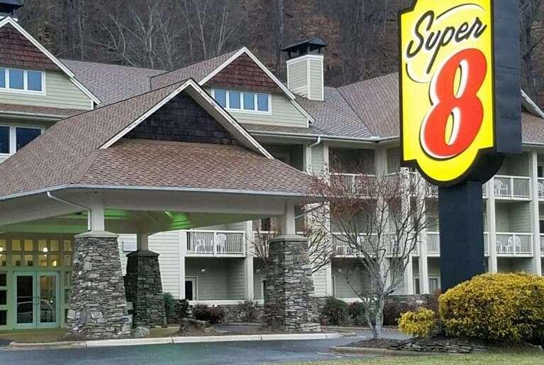 Exterior view - Super 8 Hotel Cherokee