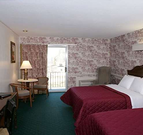 Suite - Publick House Inn & Motor Lodge Sturbridge