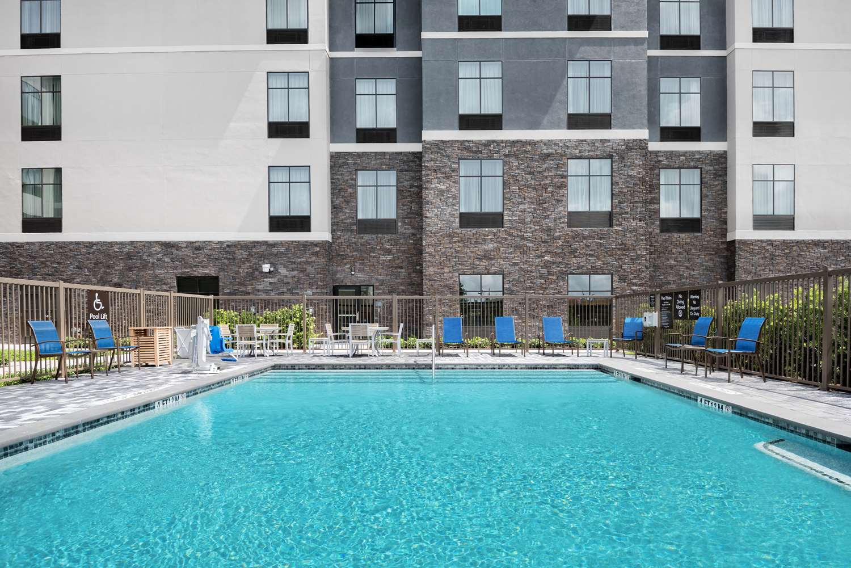 Pool - Homewood Suites by Hilton Memorial City Houston