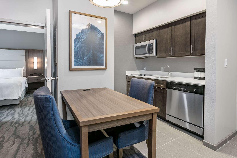 Room - Homewood Suites by Hilton Memorial City Houston