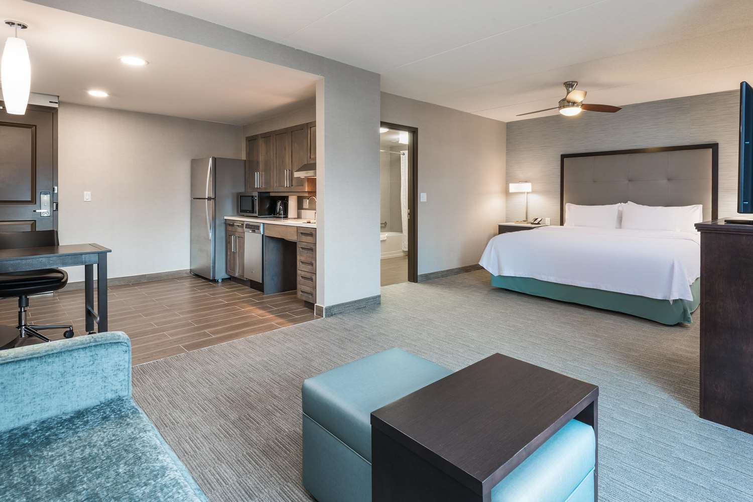 Room - Homewood Suites by Hilton Airport Ottawa