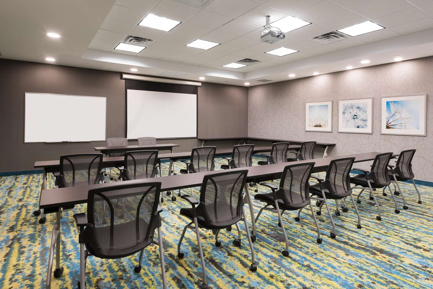 Meeting Facilities - Homewood Suites by Hilton Airport Ottawa