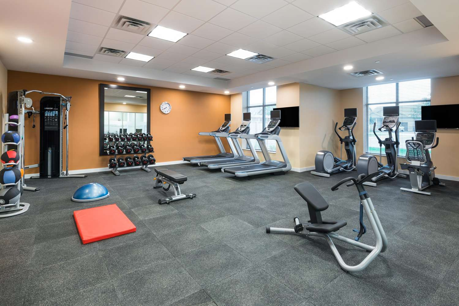 Fitness/ Exercise Room - Homewood Suites by Hilton Airport Ottawa