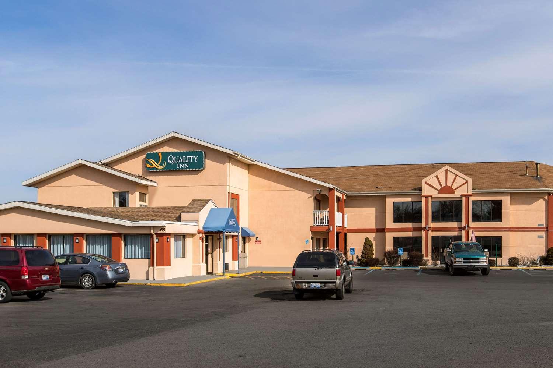 Quality Inn- 76th Street   Meeting Facilities in Grand Rapids, MI