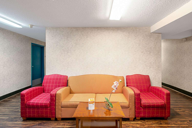 Other - Econo Lodge Utica