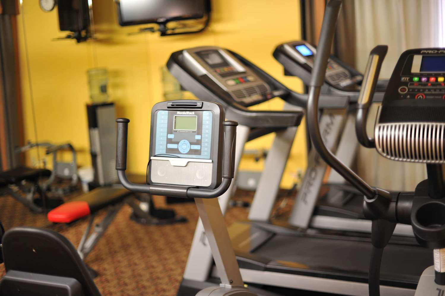 Fitness/ Exercise Room - Xola Hotel Moreno Valley