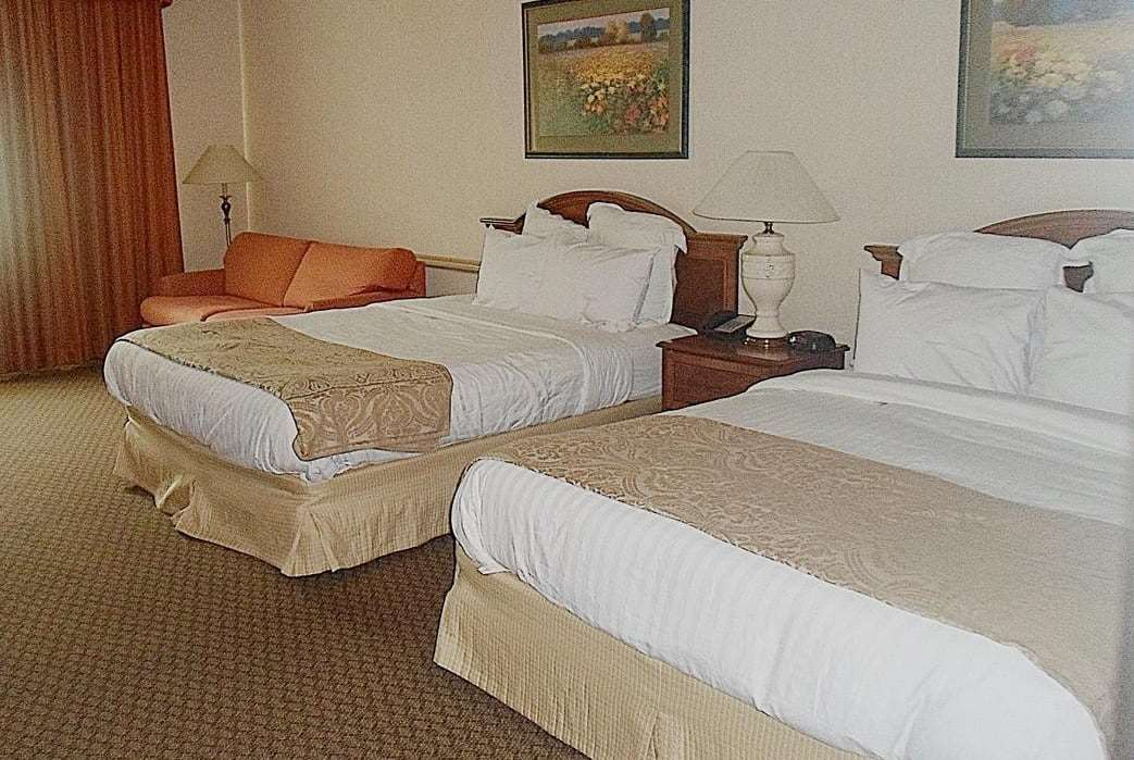 Room - Quail Hollow Resort Concord
