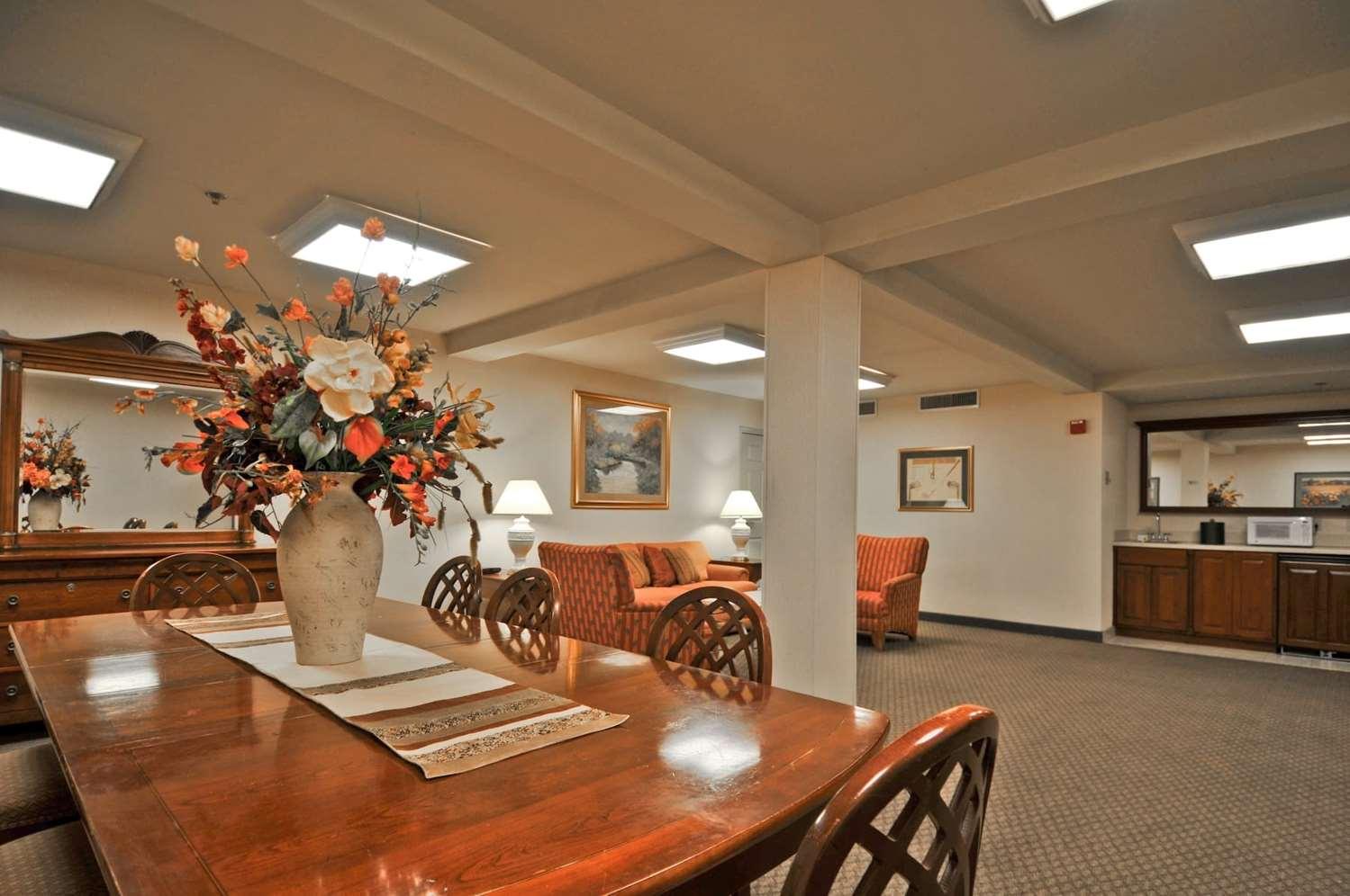 Suite - Quail Hollow Resort Concord
