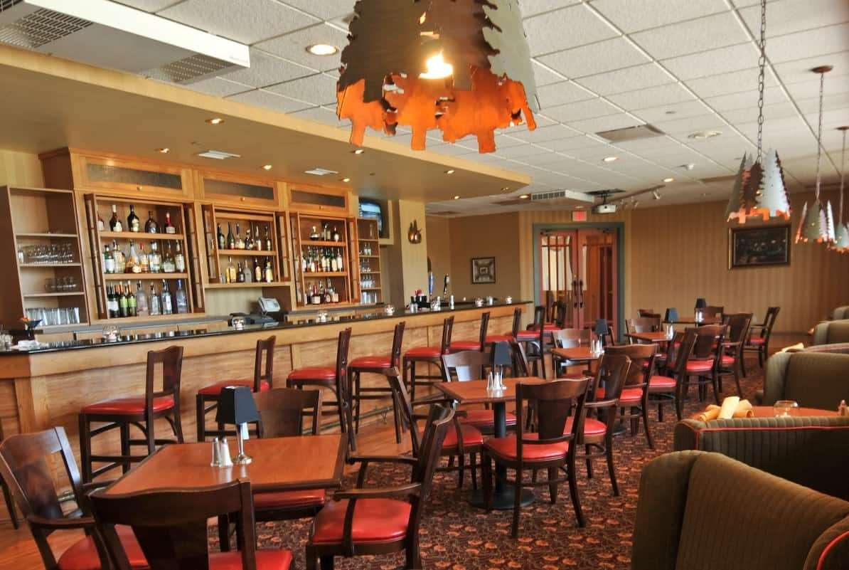 Restaurant - Quail Hollow Resort Concord
