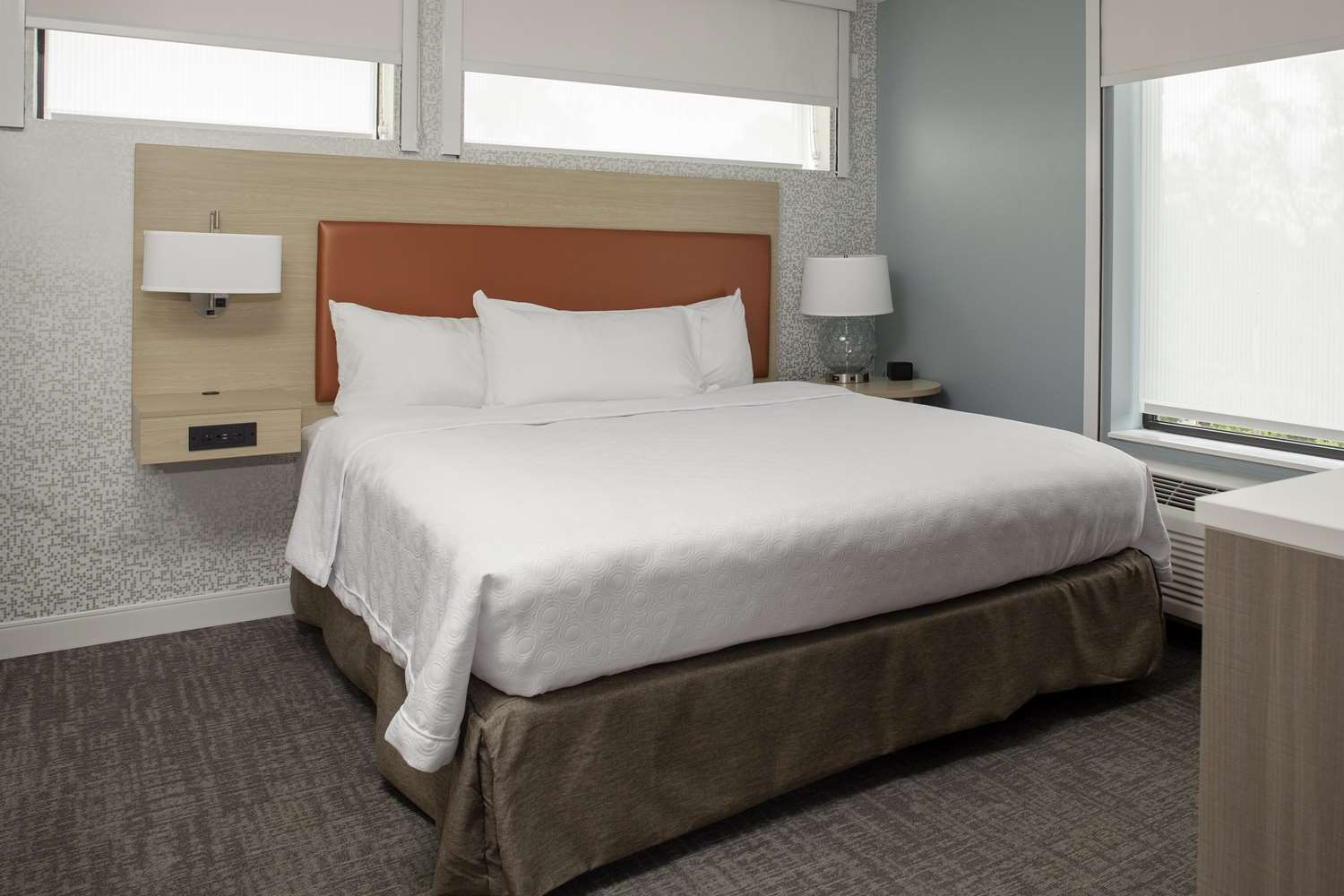 Room - Home2 Suites by Hilton Downtown Bloomington