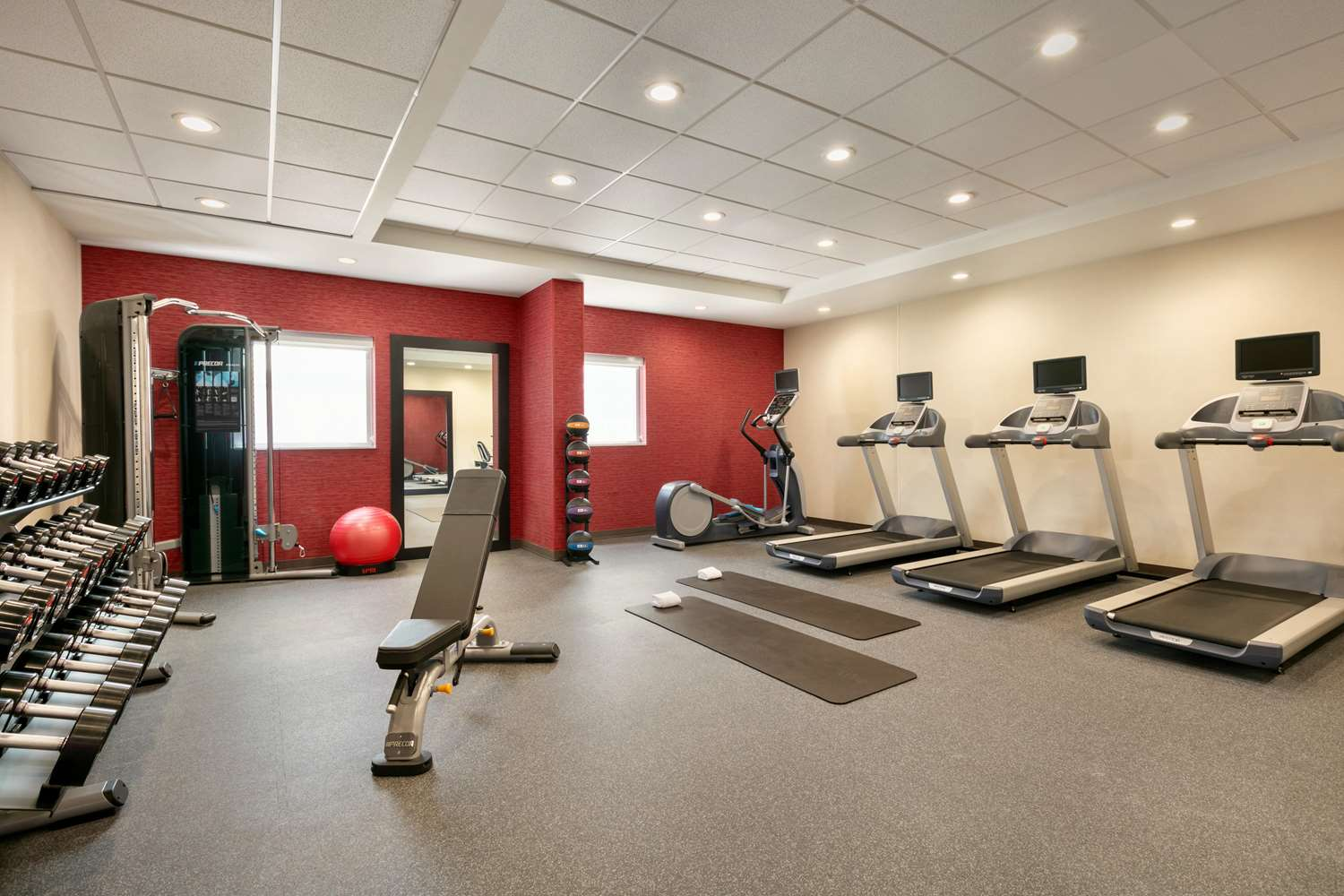 Fitness/ Exercise Room - Home2 Suites by Hilton Brandon