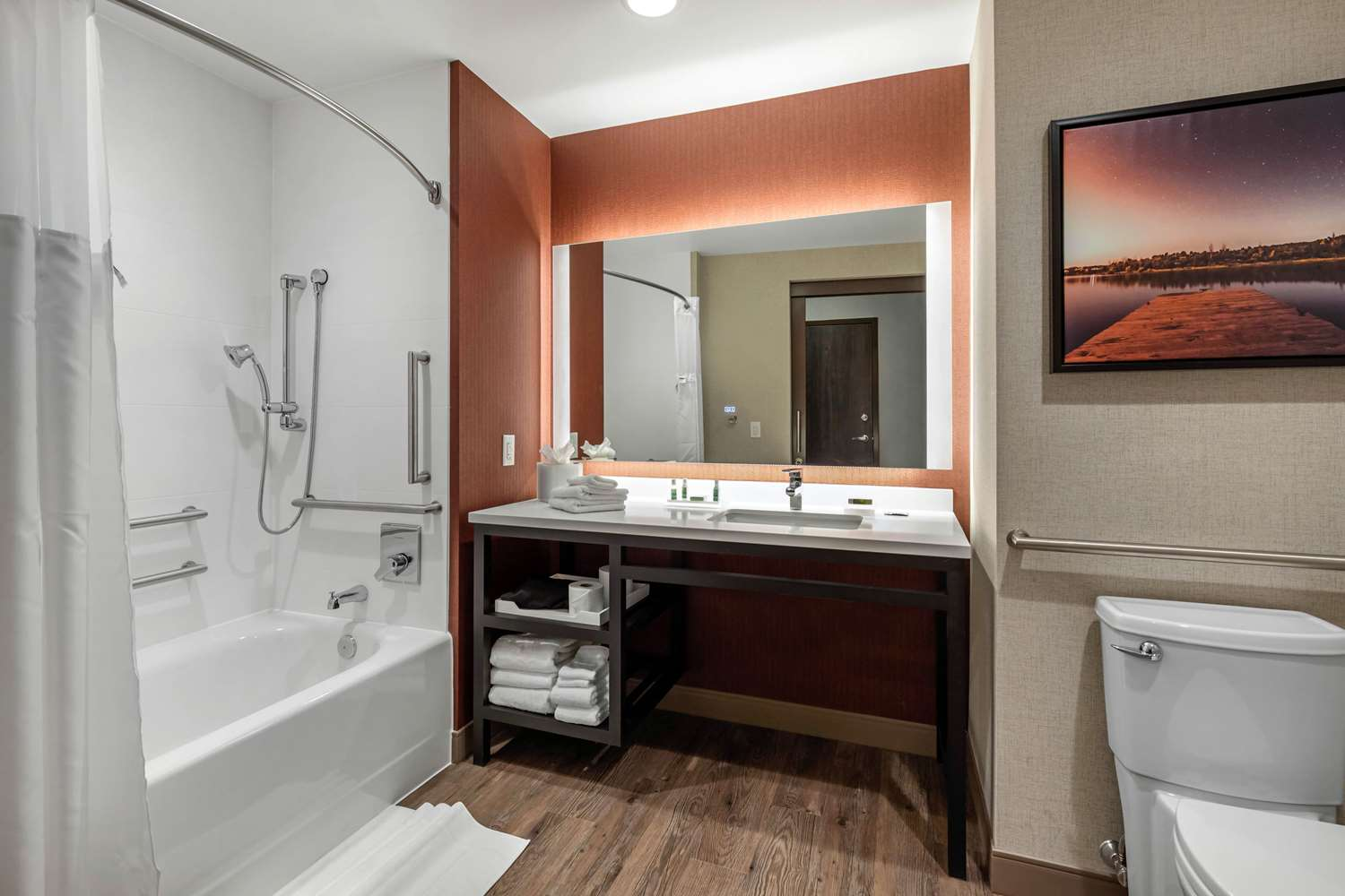 Room - Cambria Hotel & Suites Downtown Omaha