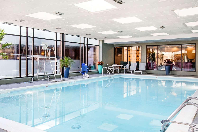 Pool - Comfort Inn Upper Marlboro