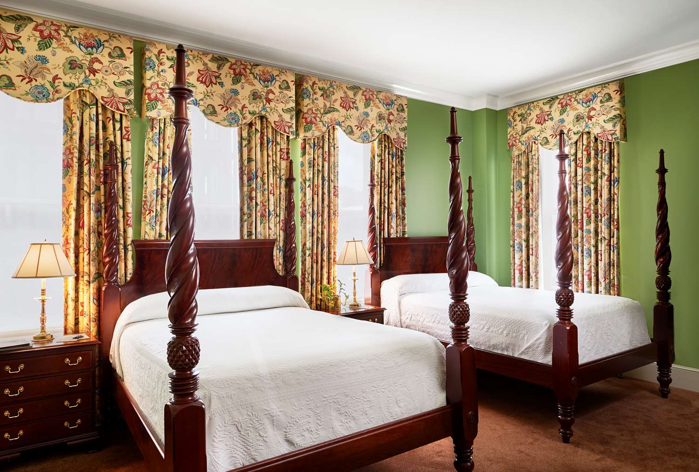 Room - Planters Inn Savannah