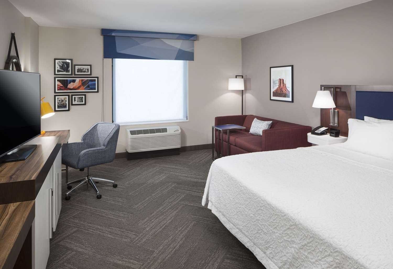 Room - Hampton Inn & Suites Downtown Phoenix