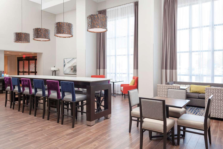 Lobby - Hampton Inn & Suites South Overland Park
