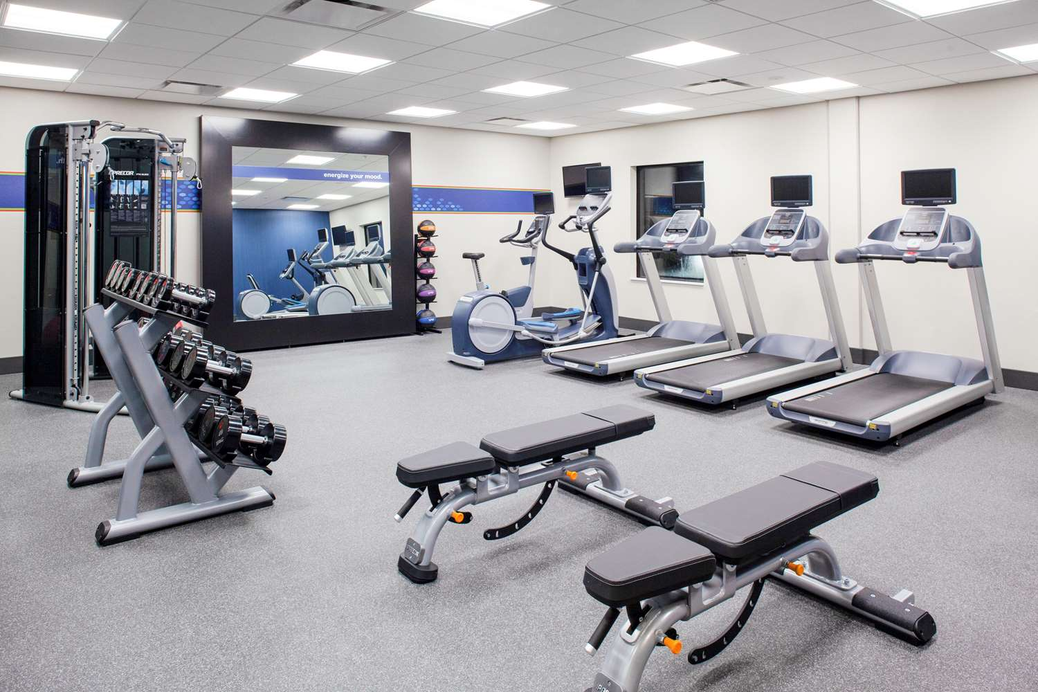 Fitness/ Exercise Room - Hampton Inn & Suites South Overland Park