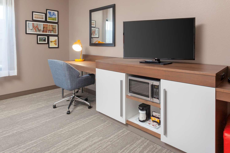 Room - Hampton Inn & Suites South Overland Park