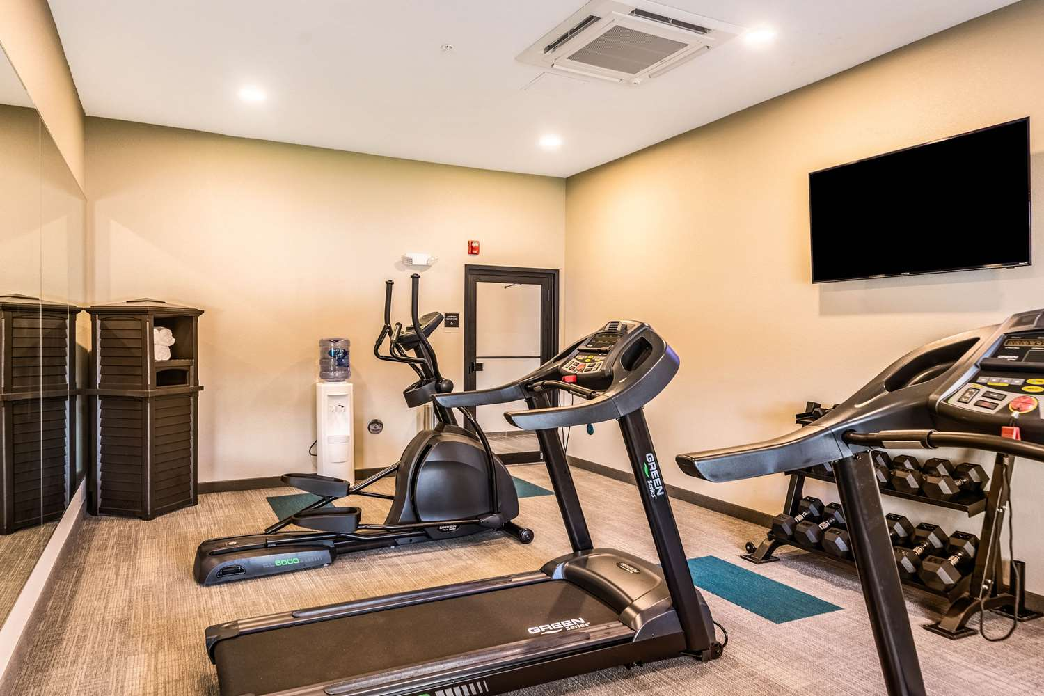 Fitness/ Exercise Room - Mainstay Suites University Sarasota
