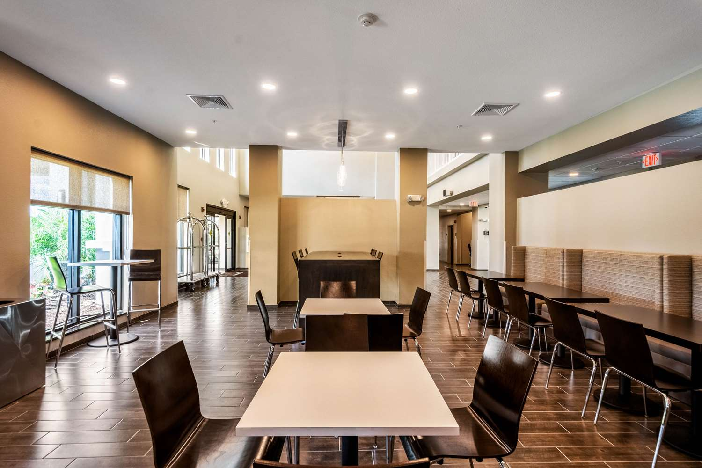 Restaurant - Mainstay Suites University Sarasota