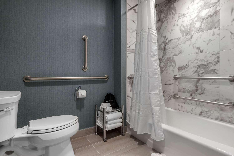 Suite - Cambria Hotel & Suites West Orange