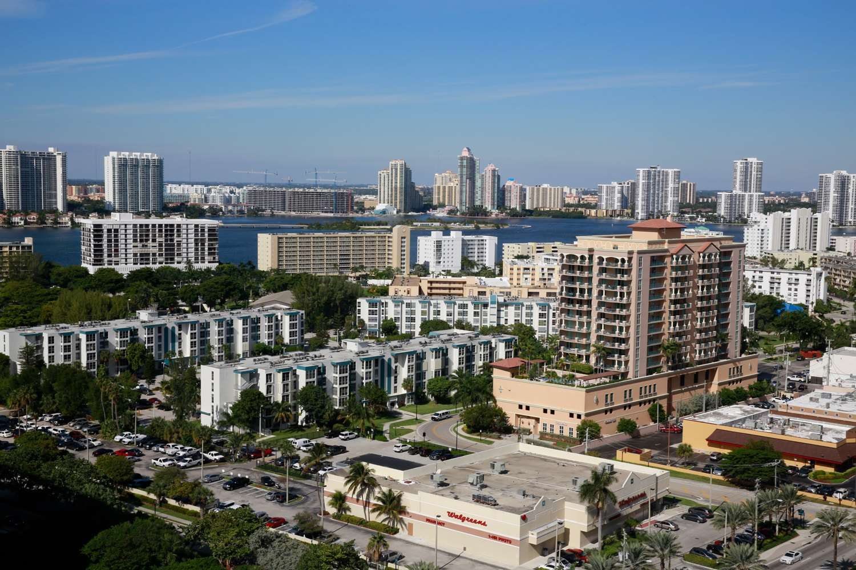 Room - Sole Miami Noble House Resort Sunny Isles Beach