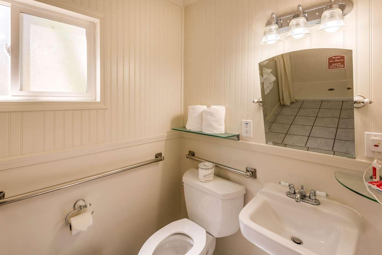 Room - Econo Lodge Inn & Suites South Lake Tahoe