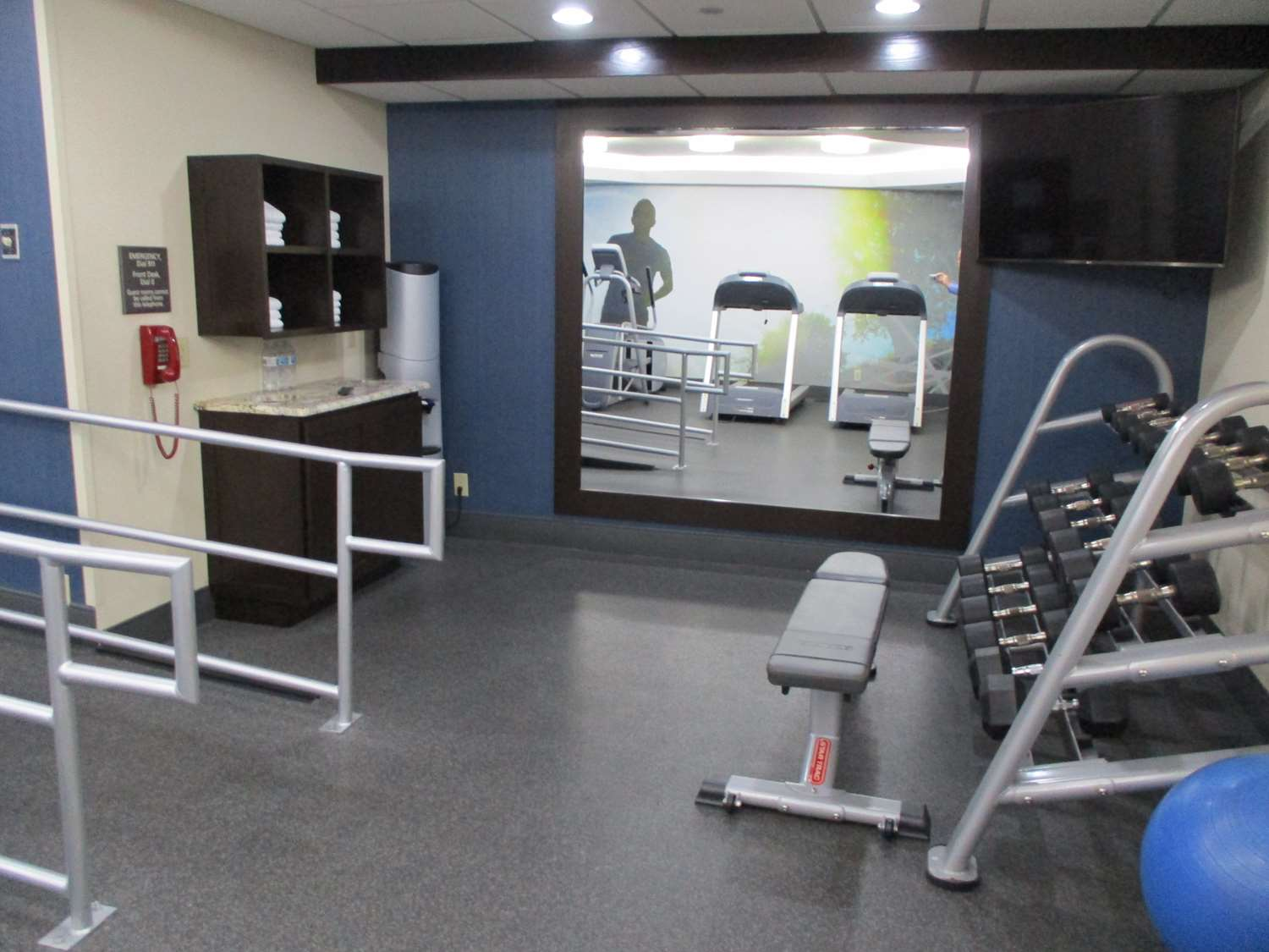 Fitness/ Exercise Room - Best Western Plus Dallas I-35 Walnut Hill Hotel