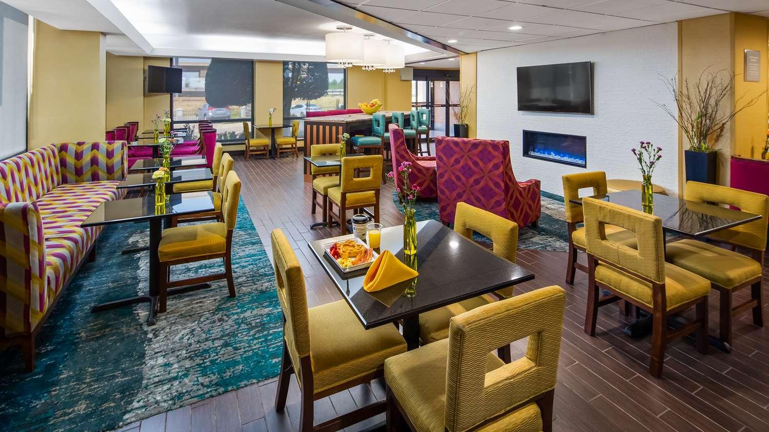 Restaurant - Best Western Plus Dallas Love Field North Hotel