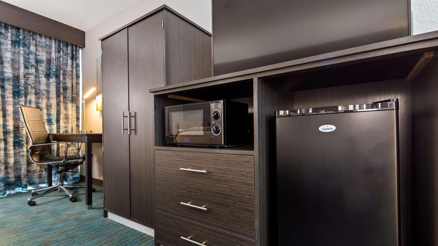 Amenities - Best Western Plus Dallas Love Field North Hotel