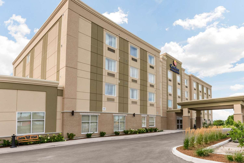 Exterior view - Comfort Inn & Suites Bowmanville