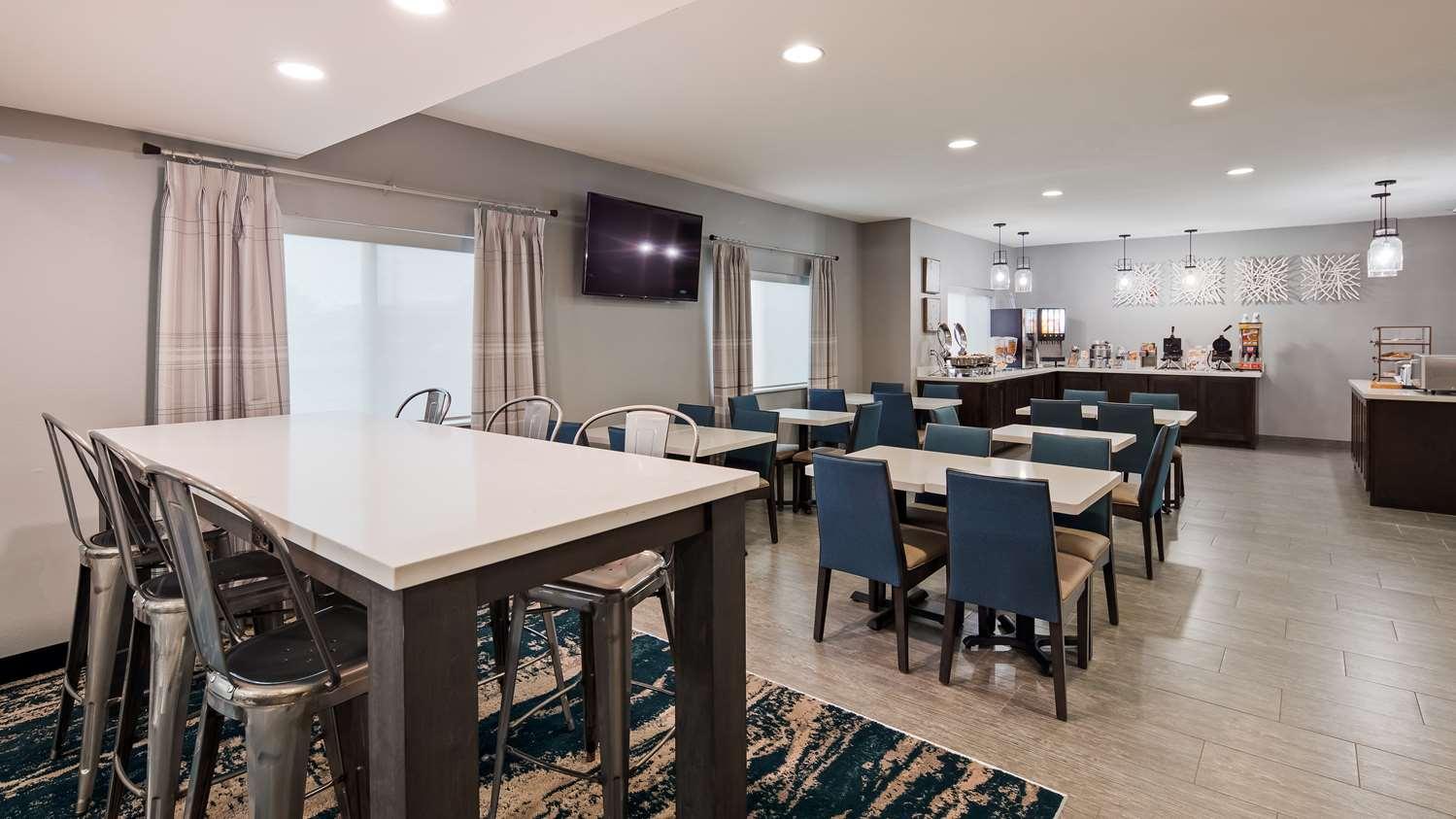 Restaurant - Best Western Wichita Northeast Hotel