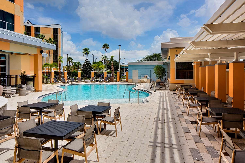 Pool - Hyatt House Hotel Universal Studios Orlando