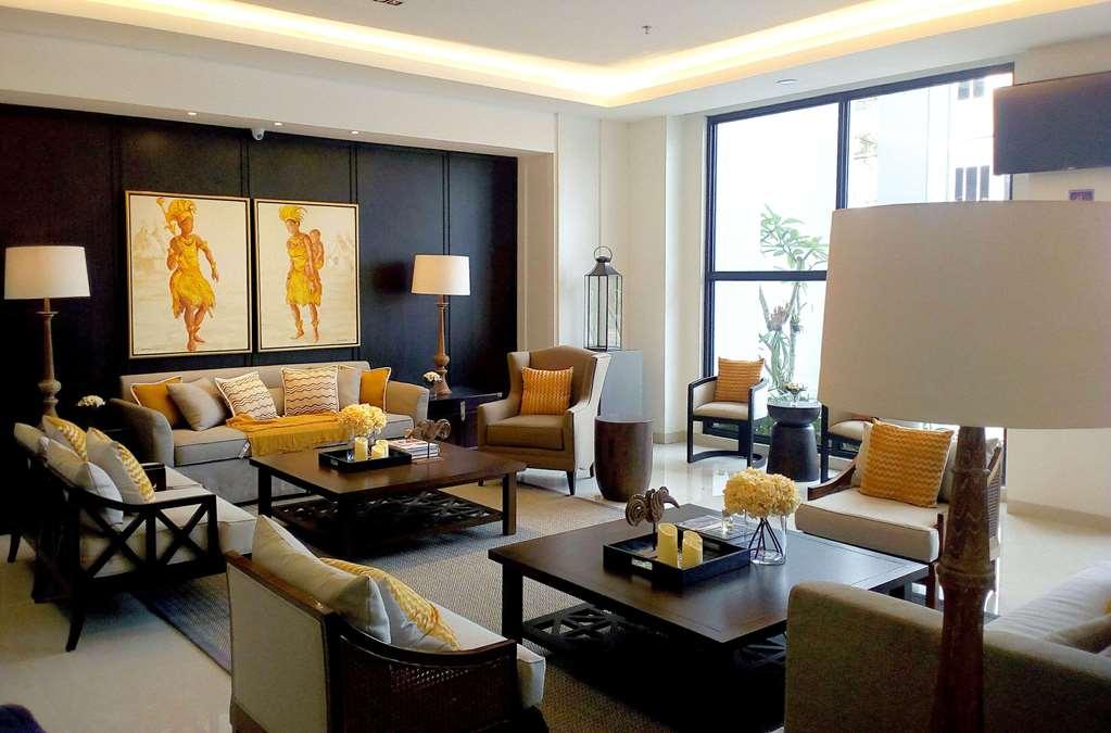 Kyriad M Hôtel Sorong