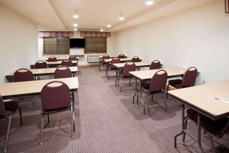Meeting Facilities - AmericInn Coon Rapids