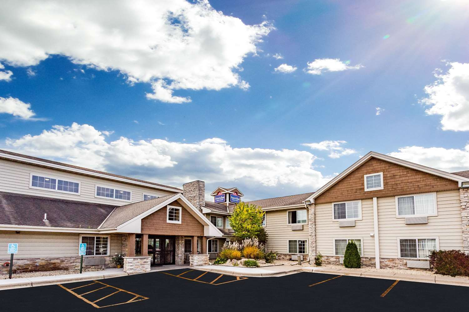 Exterior view - AmericInn Hotel & Suites Long Lake