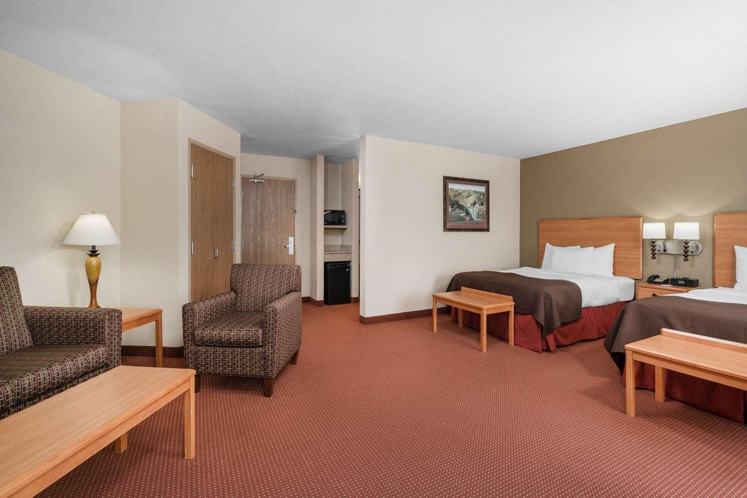 Suite - AmericInn Lodge & Suites Anamosa